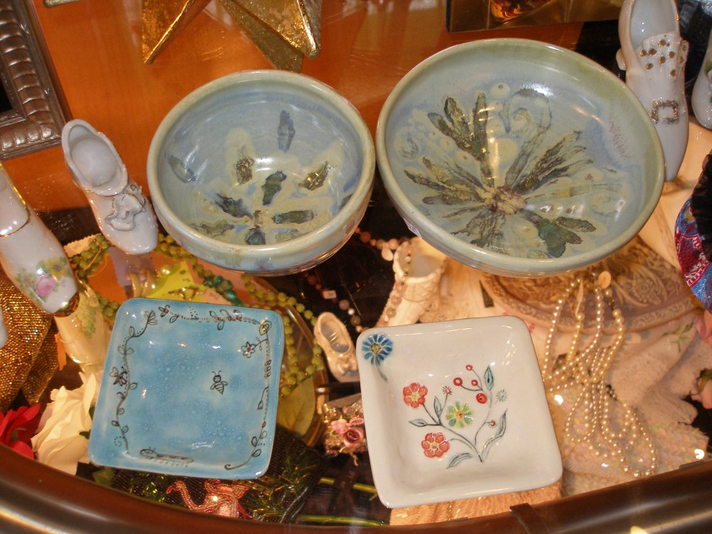 Find made-in-Michigan and vintage gifts at Iron Ivy (5/6)