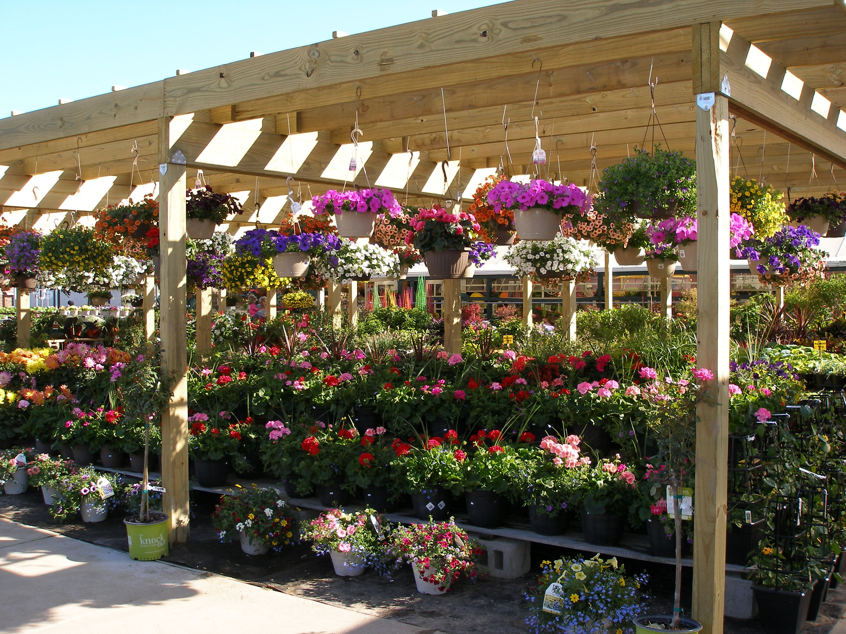 New Garden Center Offers Plethora Of Magnificent Motheru0027s Day Gifts