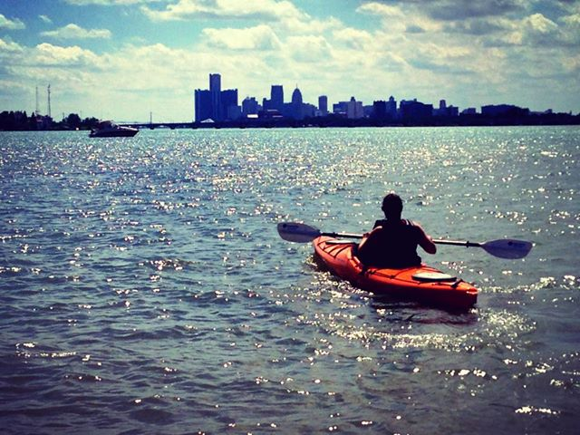 DRS+kayaker+downtown